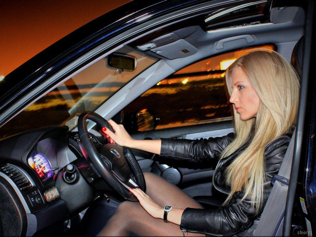 зря говорят, как красиво сфотографироваться в машине за рулем такие